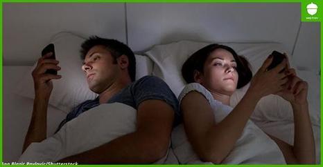Никогда, никогда не оставляйте телефон в постели на ночь! Вот почему