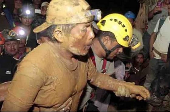 После 17 лет проведенных под землей — шахтер был найден живым.