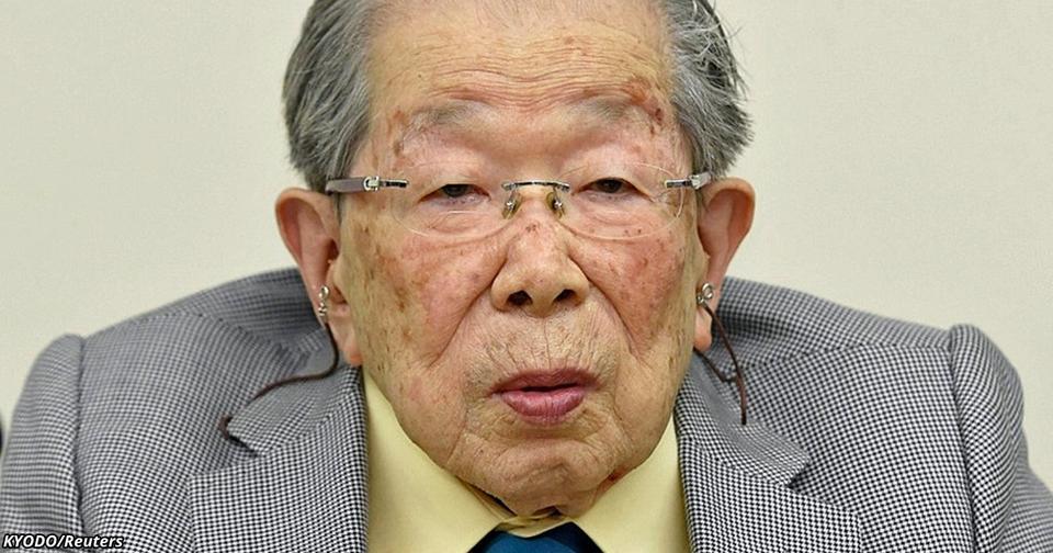 Этому японскому врачу 105 лет. Вот 5 золотых правил, которым он следует сам!