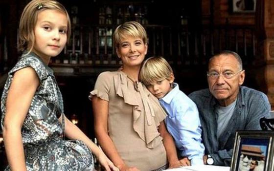 Юлия Высоцкая наконец рассказала о своей дочери и семейной трагедии. Она всех предостерегает о соцсетях!