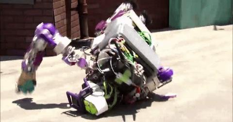 10 роботов неудачников, которые были созданы, чтобы заменить человека, но что то пошло не так