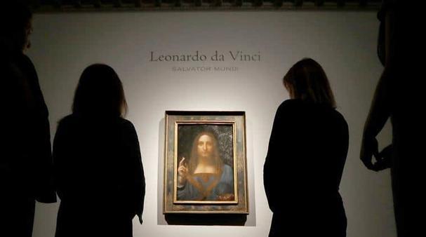 На выставке полотна Леонардо да Винчи посетителей снимала скрытая камера, и их эмоции вас по настоящему поразят