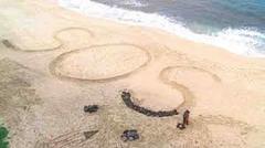 Он 9 лет жил на необитаемом острове — пока кто то не увидел сигнал SOS  в Гугле!