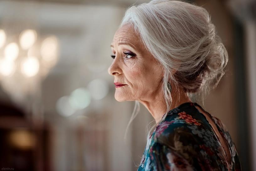 Это российское модельное агентство ломает все стереотипы, приглашая только моделей в возрасте от 45 до 85 лет, и они дадут фору многим более молодым коллегам