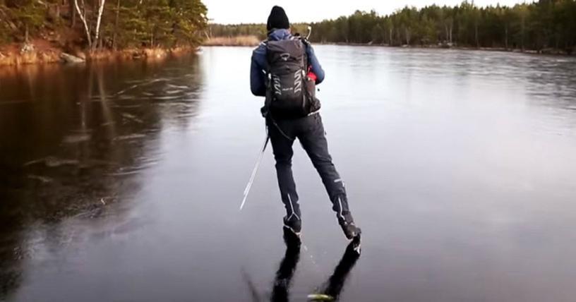 В сети появилось видео, на котором человек катается на тонком льду. Казалось бы, ничего интересного, но это пока вы не включите звук