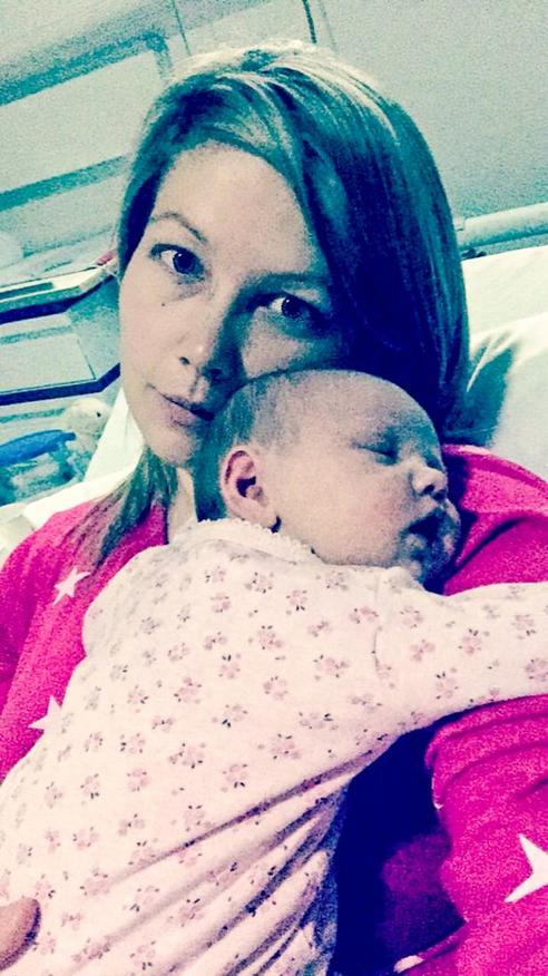 После 2-часовой поездки в автокресле моя дочь перестала дышать... Я хочу, чтобы это знали ВСЕ!