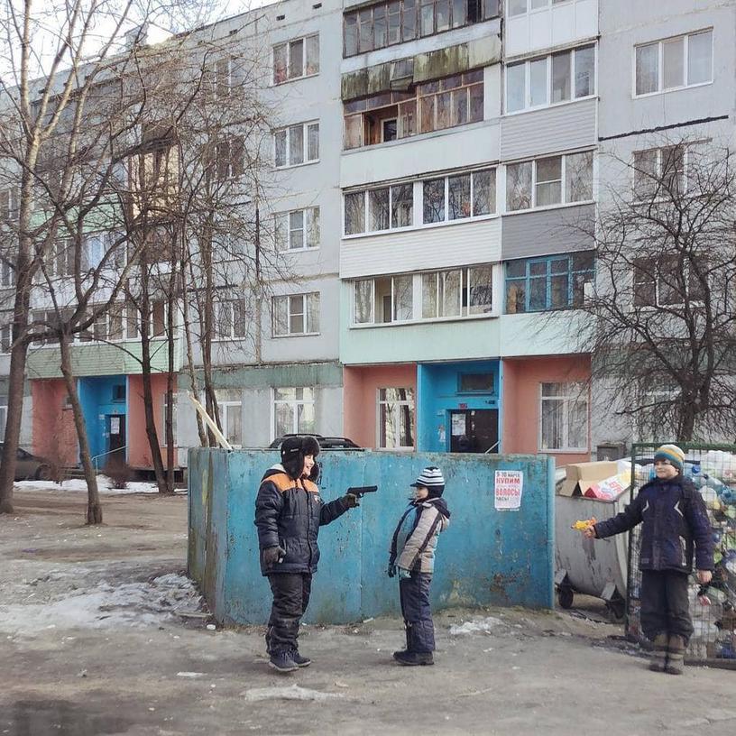 Фотограф снимает жизнь простых Российских людей на iPhone. И это самые честные кадры