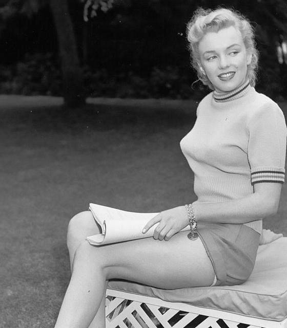 Вот какие лифчики были писком моды В 40-х и 50-х! А вы говорите, молодежь пошла...
