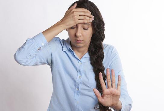 Симптомы панической атаки: причины и лечение