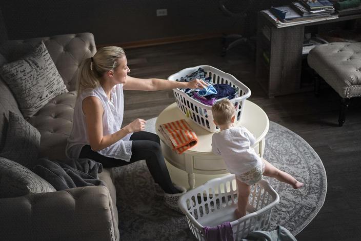 Вот 22 жестоких, но честных фото о том, что такое материнство на самом деле А что у вас? Покажете?
