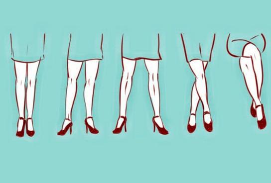 О чем говорит поза ног, которую женщина принимает на своем рабочем месте