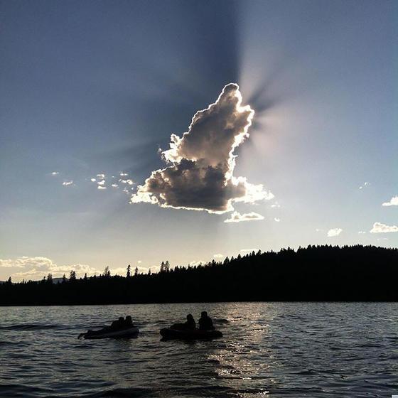 33 раза, когда кто-то взглянул на небо - и не поверил собственным глазам! Как это вообще возможно?