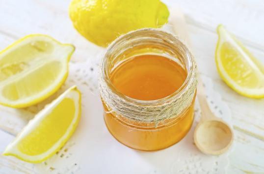 Я пил воду с медом и лимоном по утрам целый год. И вот что из этого вышло Просто попробуйте!