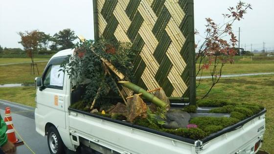 Передвижные сады в грузовиках - такая мода могла появиться только в Японии! И вы так сможете.