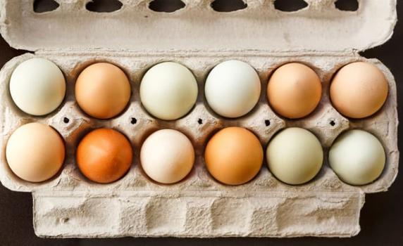 8 мифов о безопасной еде и сроках хранения продуктов, в которые верит 90% ″знатоков″ Так есть сырые яйца или нет?