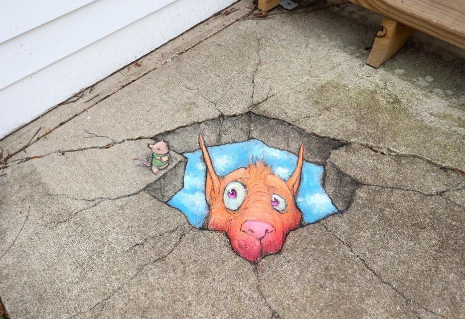Этот уличный художник видит искусство в трещинах тротуара. Вот что у него получается ″Вандализм″, говорите?