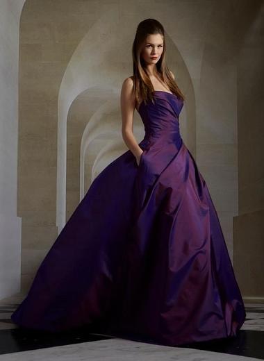 Любимый цвет вашей одежды может многое рассказать о вас самих. И не спорьте! О чем говорит ваш?