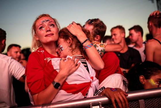 Вот как плакали англичане из-за того, что хорваты отобрали у них мечту Родина футбола в слезах...