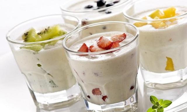 8 продуктов, которые ни в коем случае нельзя есть натощак Лучше смешивать их с другой пищей.