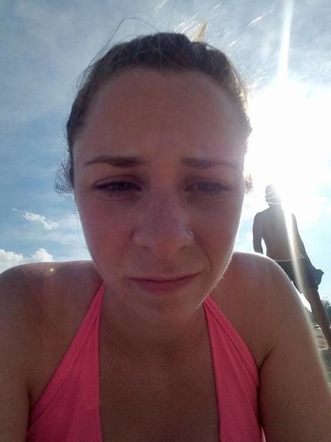 Я сделала фото с настоящим торговцем людьми. На пляжах их просто полно! Будьте бдительны.