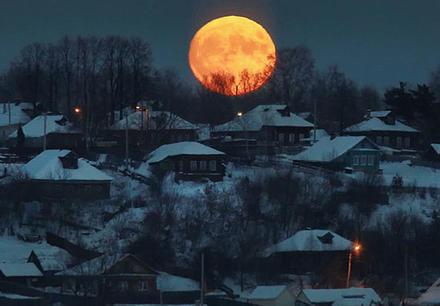 В конце июля будет редкое лунное затмение! И оно выведет наружу все ваши страхи Каждый знак Зодиака - в опасности.