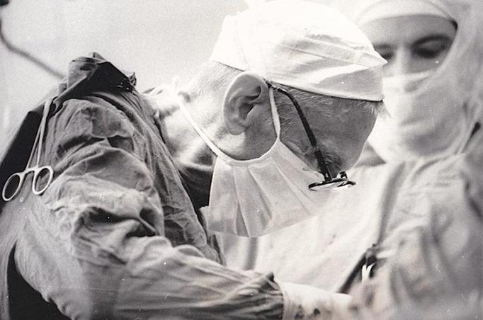8 заповедей хирурга Амосова, которые защищают от 95% болезней Величайший украинский врач.