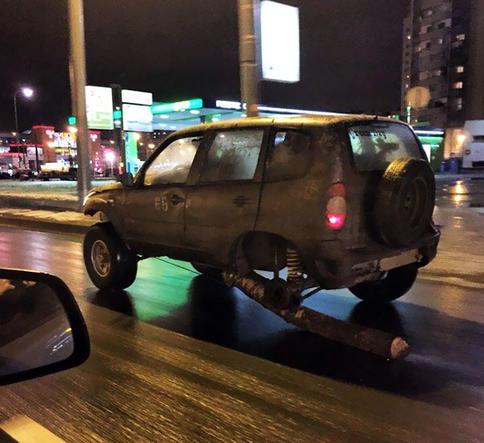 35 идиотов, которых вообще нельзя пускать за руль! И держать их подальше от дороги.