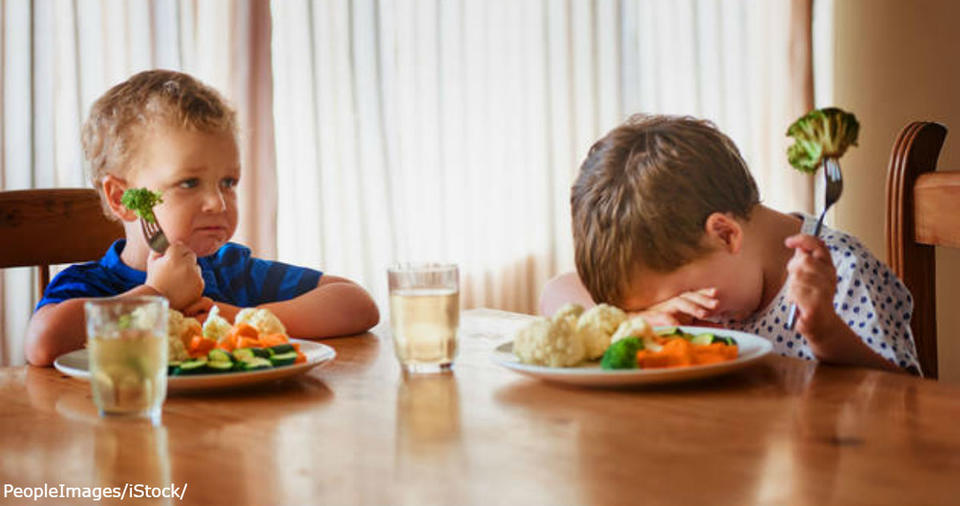 Каждый год миллионы детей заставляют есть овощи. Пришло время остановиться! От этого нет никакой пользы.