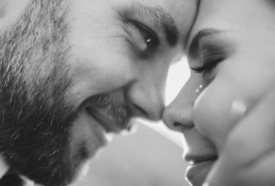 9 поступков по настоящему влюбленного мужчины