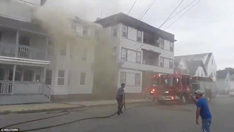 В США взорвались сразу 70 домов! И никто не знает, почему Без жертв не обошлось.