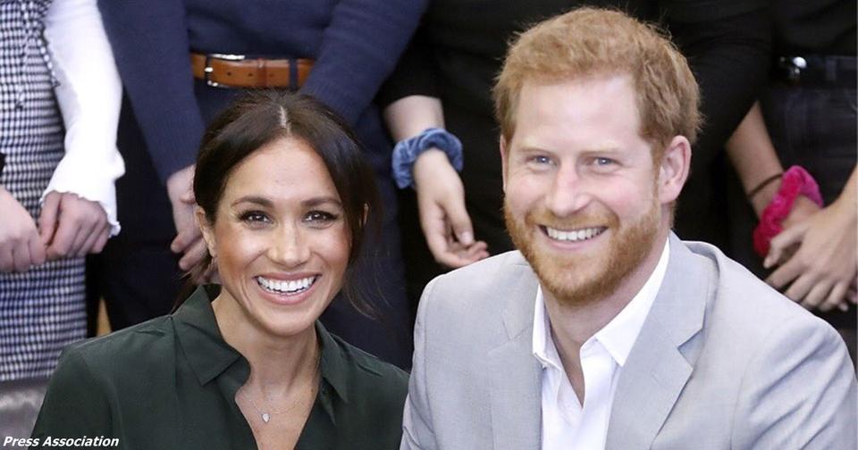 Меган Маркл, жена принца Гарри, беременна своим первым ребенком! Срочная новость из Кенсингтонского дворца.