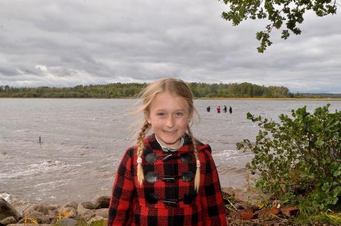 8-летняя девочка нашла в озере меч, которому 1500 лет Ничего себе находка!