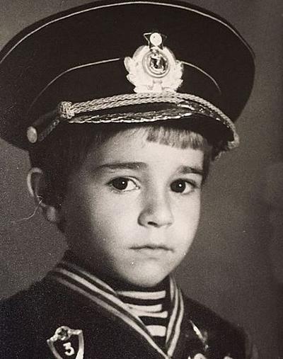 Александр Ратников: биография, личная жизнь, интересные факты, фильмография и фото актера
