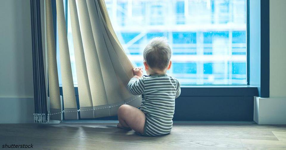 Безопасность жалюзи на окнах: в США новый закон, соблюдайте добровольно Он призван спасти жизни детей!