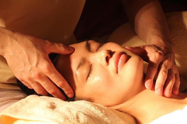 Ей 52, но ее лицо все никак не стареет! Китаянка рассказала о 7 секретах Красота по-азиатски.