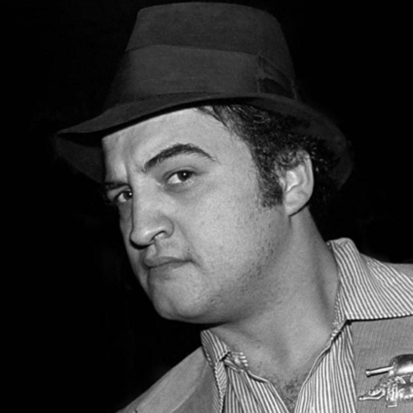 Джон Белуши: что стало причиной смерти талантливого актера и певца?