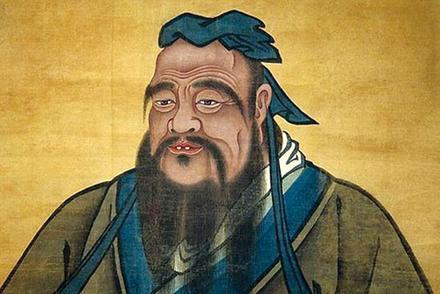 «Советы мы принимаем каплями, зато раздаём вёдрами». 23 мысли Конфуция о жизни