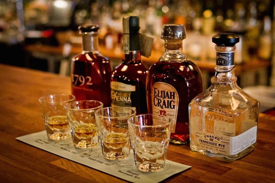 Вот 10 самых «безопасных» крепких напитков. Если уж пить, то только эти!