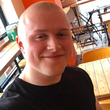 22-летний больной раком, которому врачи дали 5 лет, изменил тело за 12 недель