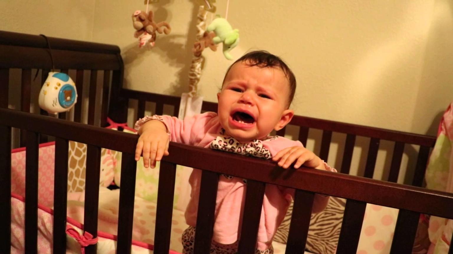 ″Неблагодарная″ жена оставила мужа с 2 детьми. Через 2 дня он взвыл о помощи