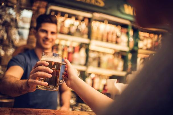 26 секретов работы бармена, о которых они не рассказывают даже друзьям