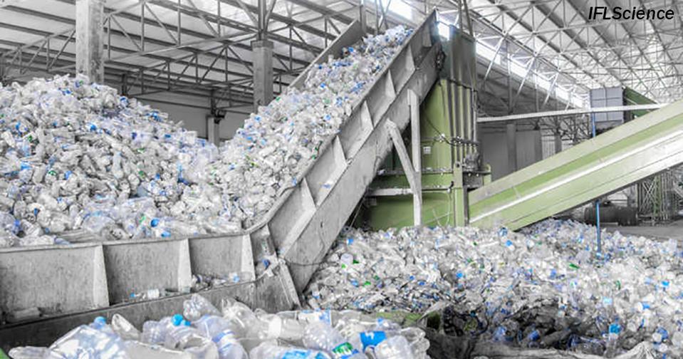 Норвегия избавилась от 97% пластика в стране. Как им это удалось?!