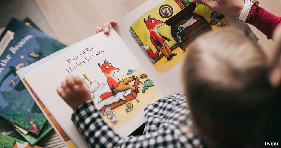 Чтение одних и тех же книг своему ребенку делает их умнее. Вот почему
