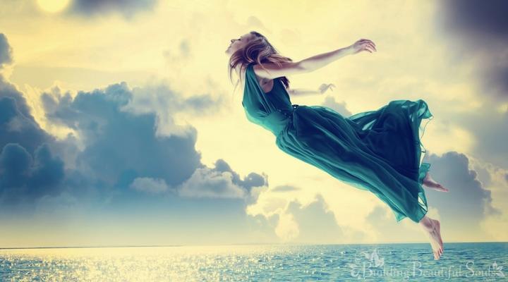 Есть 7 снов, которые снятся часто и почти всем. Вот что они означают