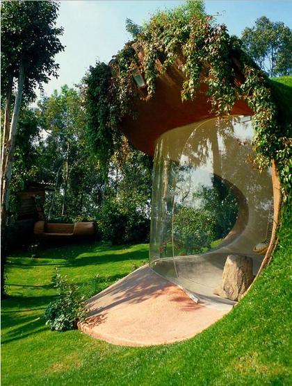 Теперь в моде вот такие ″органические″ дома. Если твоя жизнь - сказка...