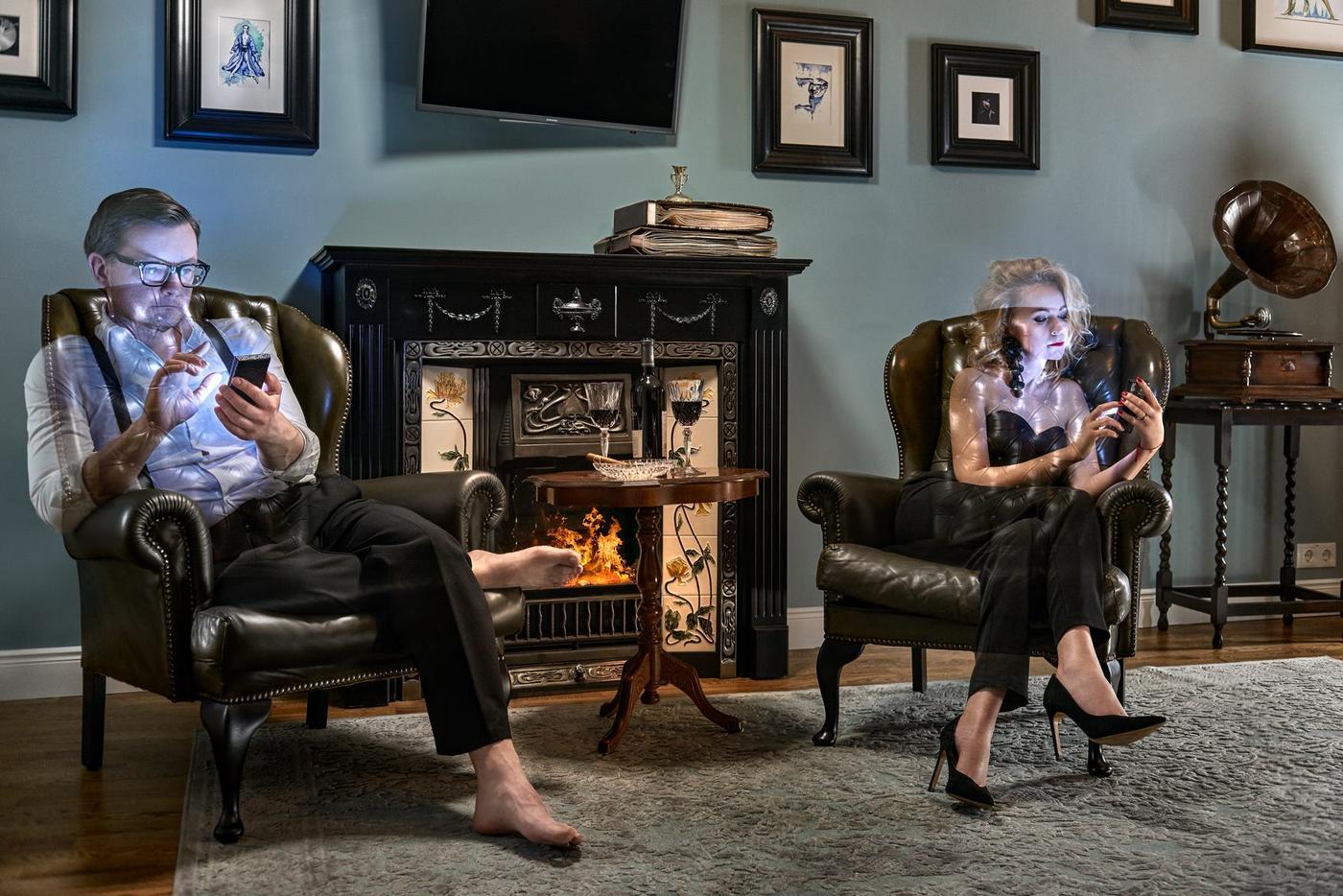 20 картинок о том, как телефоны медленно, но верно разрушают наши жизни