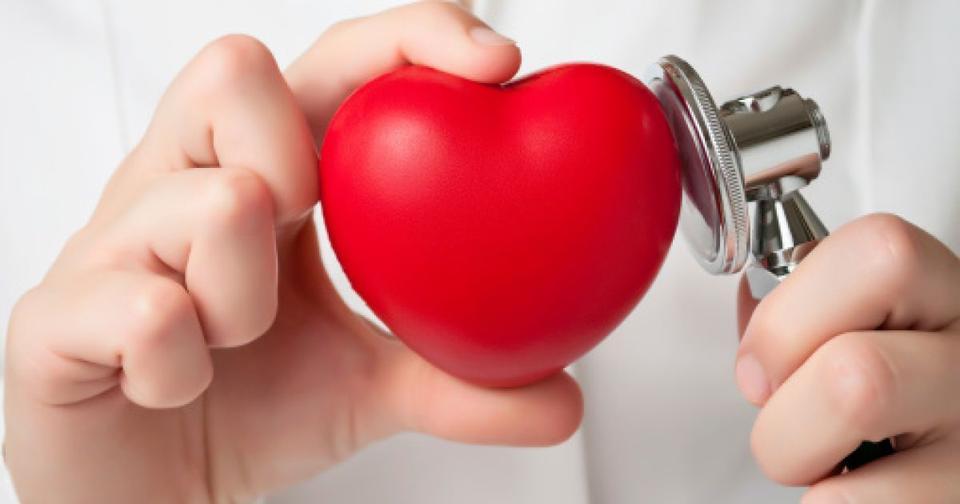 Болезнь сердца: 10 тревожных симптомов, которые будут видны на коже