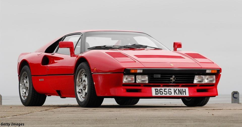 Дорогущий и редкостный Ferrari 288 GTO угнали у владельца во время тест драйва