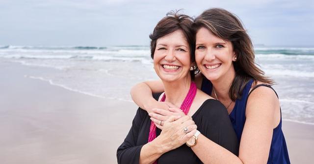 Женщины начинают превращаться в своих мам в 33 года. Вот что это значит