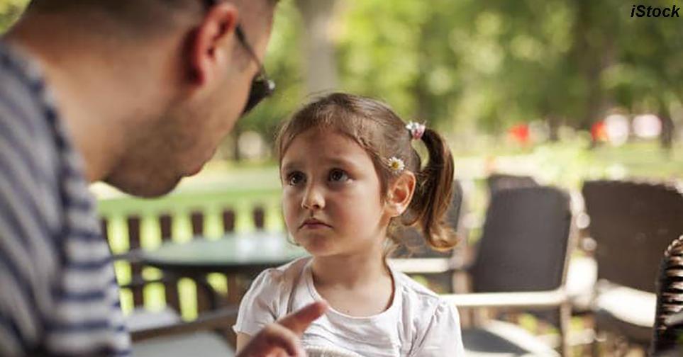 Плохое настроение родителей сильно вредит детям. Вот почему